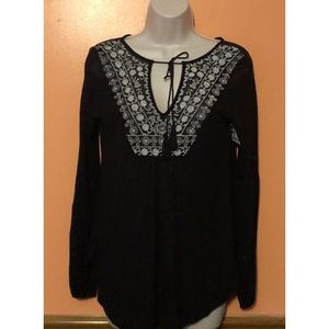 Jessica Simpson Tops - Frida Embroidered Peasant Top